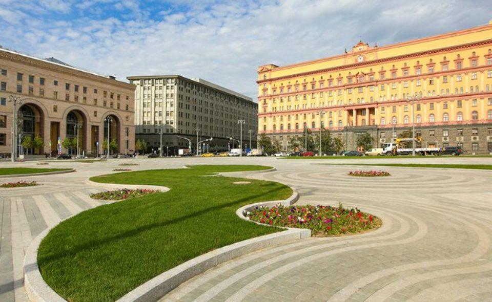 Москвичи выберут, кому поставить памятник на Лубянской площади