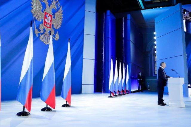 Владимир Путин объявил о создании Фонда культурных инициатив